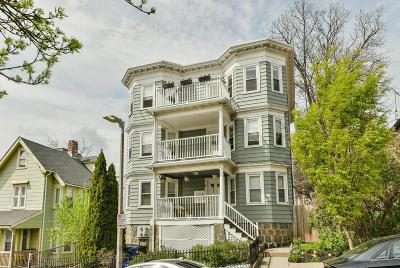 Condo/Townhouse Under Agreement: 6 Jerome St #3