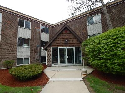 Framingham Condo/Townhouse Under Agreement: 9 Weld Street #39