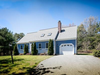 Plymouth Single Family Home For Sale: 8 Topsail Ln