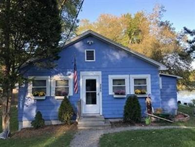 Mansfield Single Family Home For Sale: 285 Plain St