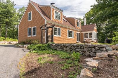 Southborough Single Family Home For Sale: 10 Vickery Hill Ln