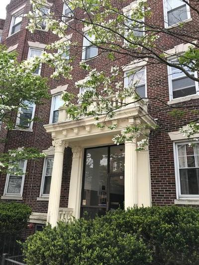 Condo/Townhouse Under Agreement: 78 Glenville Ave #2