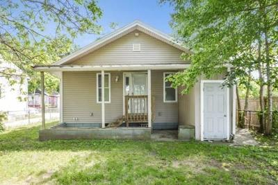 Wareham Single Family Home For Sale: 47 13th St