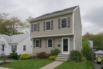 Medford Single Family Home For Sale: 130 Gaston St