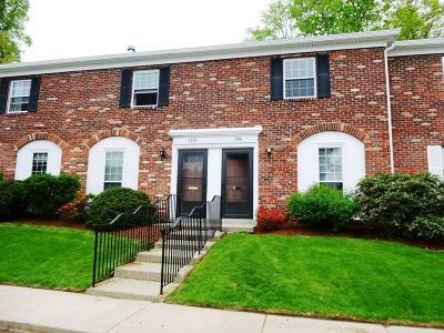 Framingham Condo/Townhouse Contingent: 1505 Windsor Dr #1505