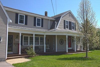 Middleboro Single Family Home Extended: 209 Everett St