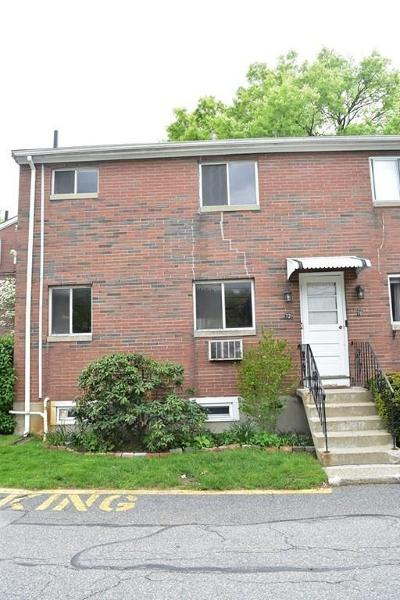 Framingham Condo/Townhouse Under Agreement: 72 Bishop Dr #72