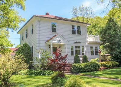 RI-Bristol County Single Family Home For Sale: 289 Sowams Rd