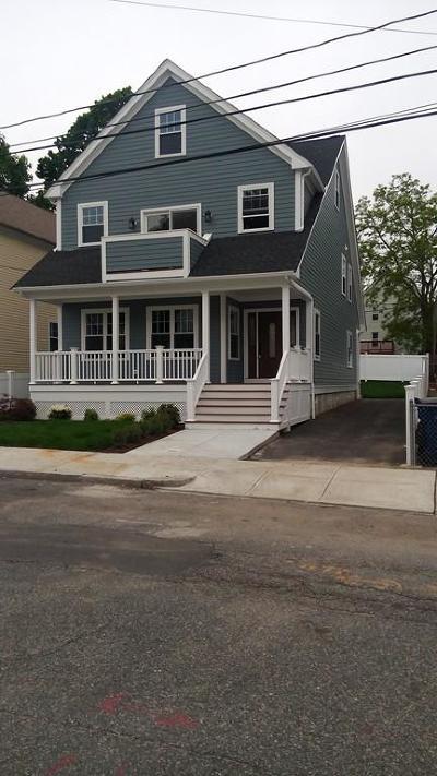 Single Family Home For Sale: 41 Leniston Street
