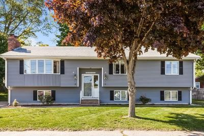 Braintree Single Family Home For Sale: 80 Gordon Rd
