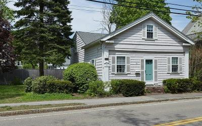 Hingham Single Family Home New: 211 South St