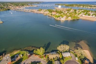 Salem MA Single Family Home Sold: 16 Bay View Cir