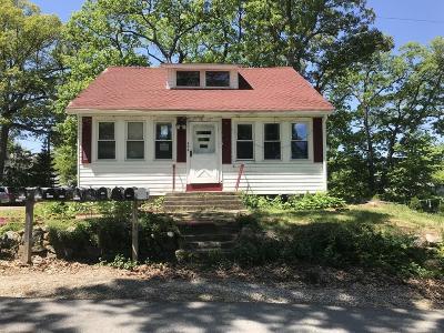 Billerica Single Family Home Under Agreement: 66 Mallard St