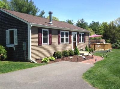 Carver Single Family Home New: 154 Tremont St.