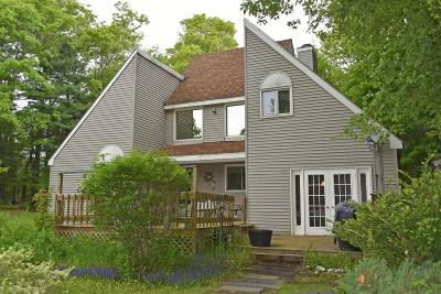 Middleboro MA Single Family Home New: $369,900