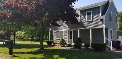 Middleboro Single Family Home For Sale: 2 Chestnut St