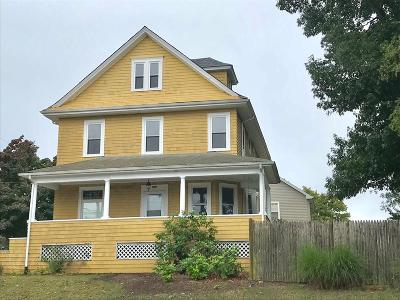 Fall River Single Family Home For Sale: 1987 Robeson St