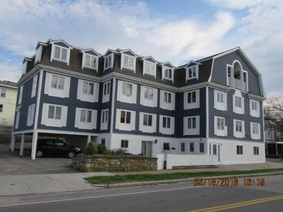 Hull Condo/Townhouse For Sale: 132 Bay #6
