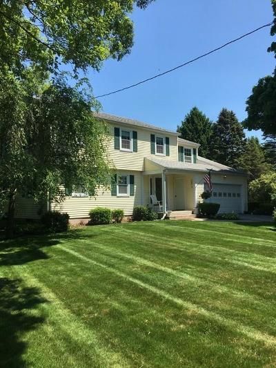 Single Family Home Sold: 4 Jeffrey Lane