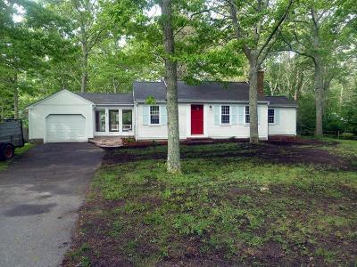 Sandwich Single Family Home For Sale: 49 Woodridge Rd