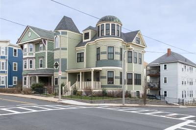 Condo/Townhouse Under Agreement: 37 Forest Hills St #1