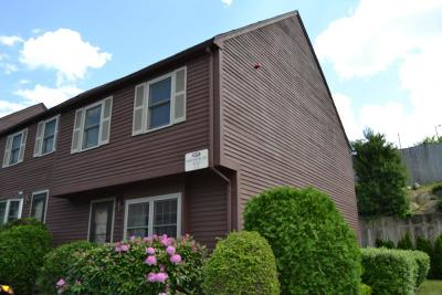 Marlborough Condo/Townhouse Under Agreement: 479 Northborough #7