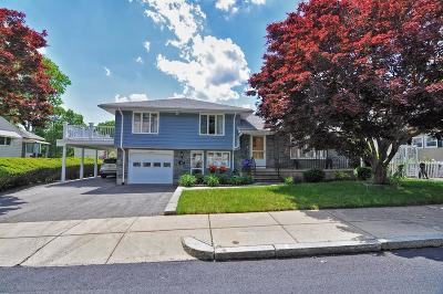 Single Family Home Under Agreement: 26 Stearns Rd