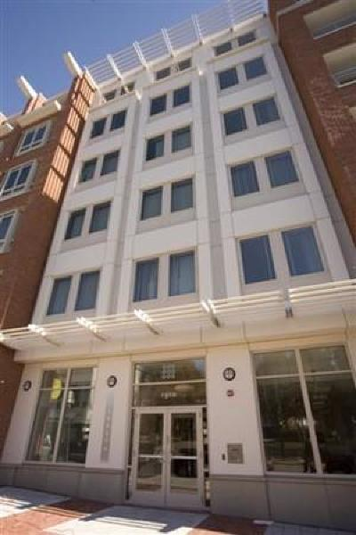 Condo/Townhouse Under Agreement: 1906-1918 Dorchester Ave #506