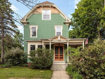 Arlington MA Single Family Home Under Agreement: $1,095,000