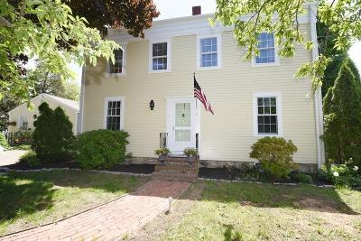 Marshfield Single Family Home For Sale: 12 Warren Ave