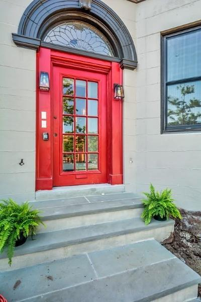 Brookline Condo/Townhouse For Sale: 1614 Beacon St #1