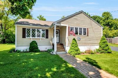 Woburn Single Family Home Under Agreement: 45 Samoset Rd
