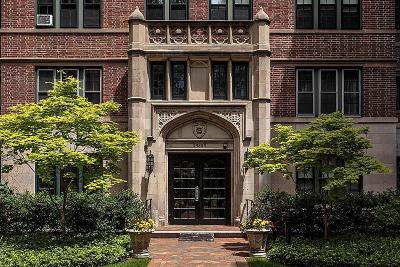 Cambridge Condo/Townhouse For Sale: 988 Memorial Dr #489