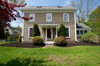Wenham, Hamilton Single Family Home For Sale: 35 Arbor Street