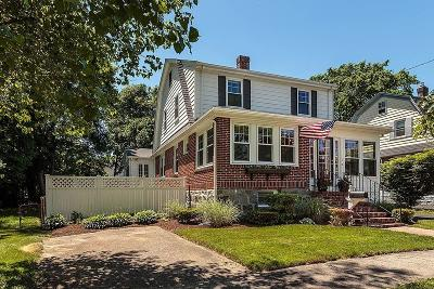 Milton Single Family Home Under Agreement: 11a Parkway Crescent