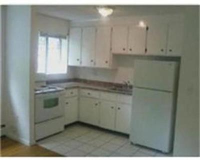 Rental Under Agreement: 185 Grove St #17