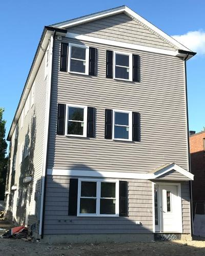 Waltham Condo/Townhouse For Sale: 53 Chestnut Street #3