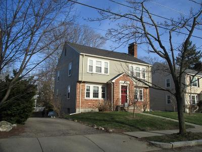 Newton Condo/Townhouse Contingent: 10-12 Sumner St #12