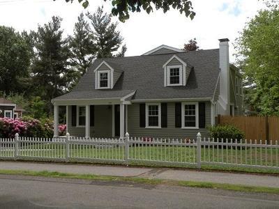 Needham Single Family Home Contingent: 105 Nehoiden St