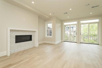 Condo/Townhouse For Sale: 86 Berkeley St #Parlor