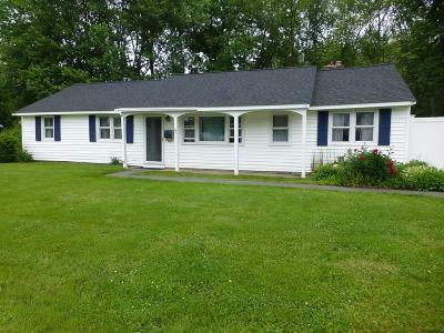 Maynard Single Family Home For Sale: 27 Reo Rd