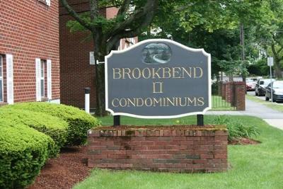 Wakefield Condo/Townhouse Under Agreement: 272 Albion Street #19