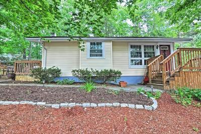 Burlington Single Family Home Contingent: 5 Oak Street