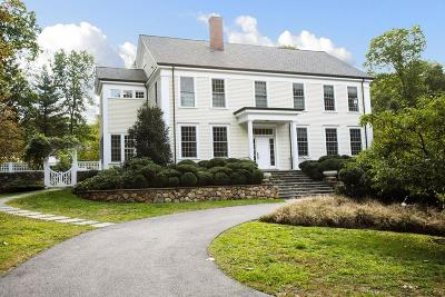 Wellesley Single Family Home For Sale: 22 Greylock Rd