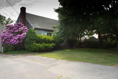 Marshfield Single Family Home Under Agreement: 13 Pamela Way