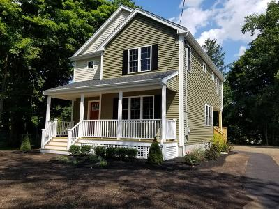 Middleboro Single Family Home For Sale: 75 Oak Street