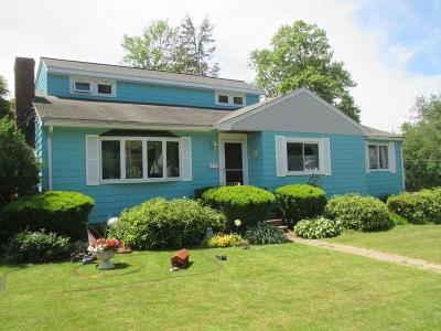Stoneham Single Family Home For Sale: 18 Erickson St