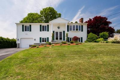 Fall River Single Family Home For Sale: 192 Hyacinth St