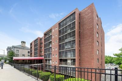 Medford Condo/Townhouse For Sale: 100 High Street #702