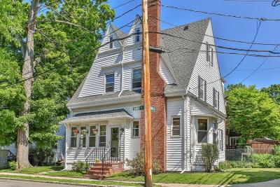 Boston Single Family Home For Sale: 130 Anawan Avenue